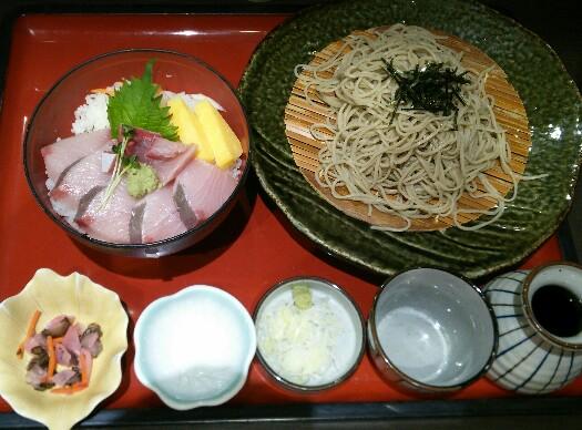 【孤高のグルメ】サガミ「寒ブリ丼と麺」「串かつ」