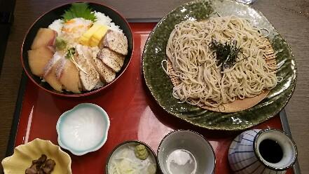 【孤高のグルメ】サガミ「寒ブリ贅沢二色丼と麺」